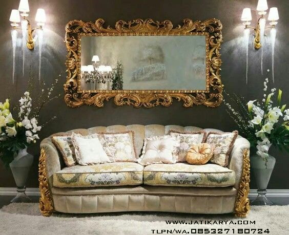 Sofa Santai Keluarga Ukiran Mewah