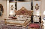 Set Tempat Tidur Ukir Kayu  Mahoni Gold Leaf Mewah Jepara