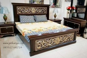 Set Tempat Tidur Jati Ukiran Gold